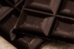 Tamna čokolada i srce