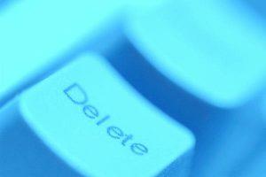 Signali da nekoga trebate izbrisati s Facebook popisa prijatelja