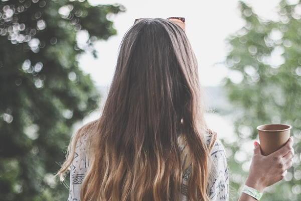 Prhut i masna kosa