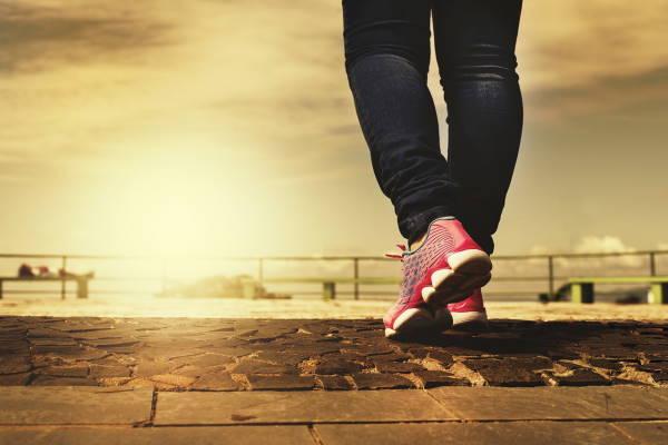 Da li hodanje i brojanje koraka može zamijeniti vježbanje?