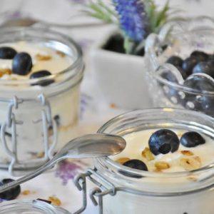 Koliko kalorija ima jogurt, kefir, voćni jogurt