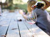 Vino kalorije – Koliko kalorija ima u bijelom i crnom vinu?
