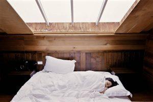 Potrošnja kalorija spavanjem - koliko trošimo i zašto