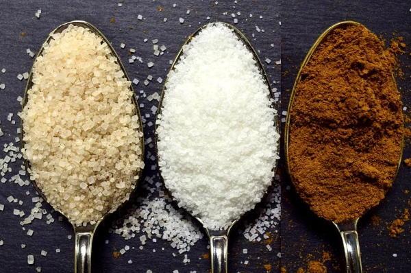 Što je bijeli, smeđi, melasa ili muscovado šećer. Koji je najzdraviji?