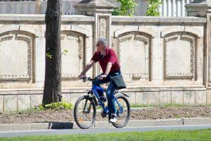 """Biciklom umjesto kabrioleta """"liječe"""" krizu srednjih godina"""