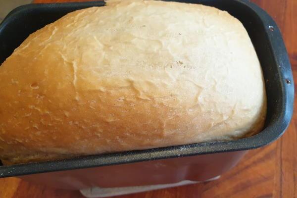 Mliječni KRUH iz PEKAČA po receptu za kruh mekan kao oblak